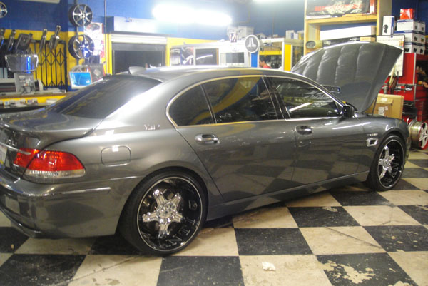 BMW 7-Series Custom Wheels