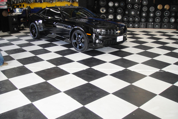 Black Chevy Camaro