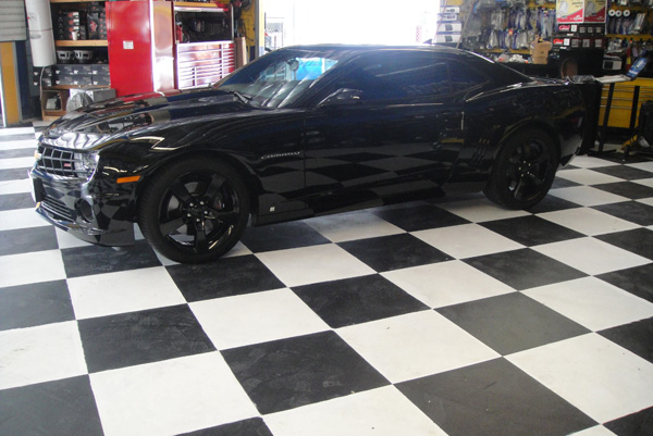 Black Chevy Camaro Side View