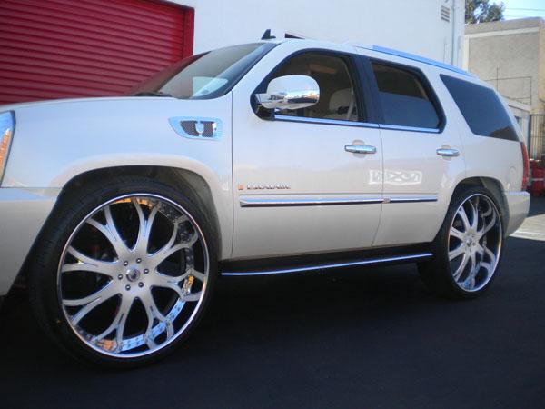Custom Cadillac Escalade Side View