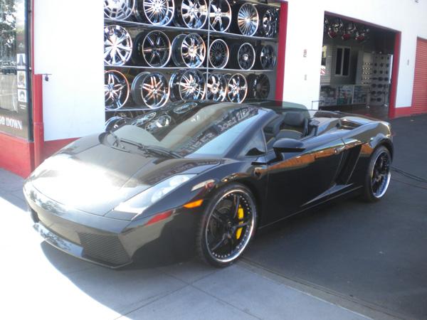 Lamborghini Gallardo Front View
