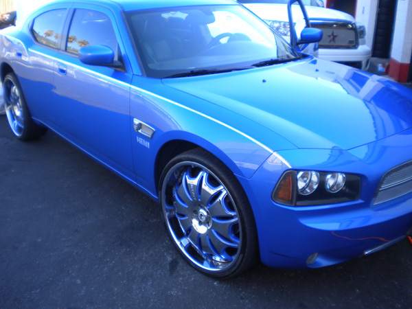 Dodge Charger Custom Blue Wheels