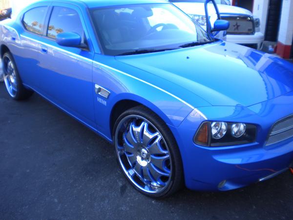 Dodge Charger Custom Blue Wheels