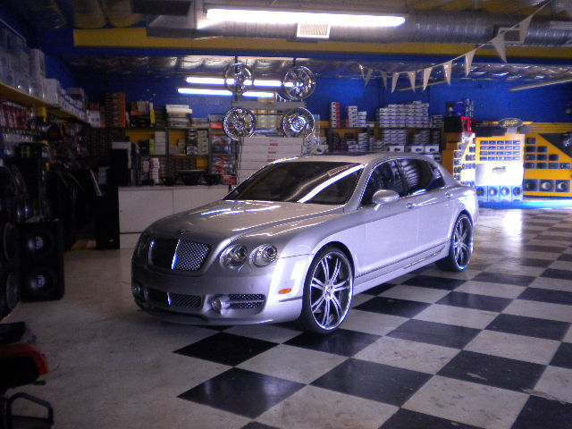 Bentley Flying Spur Custom Wheels