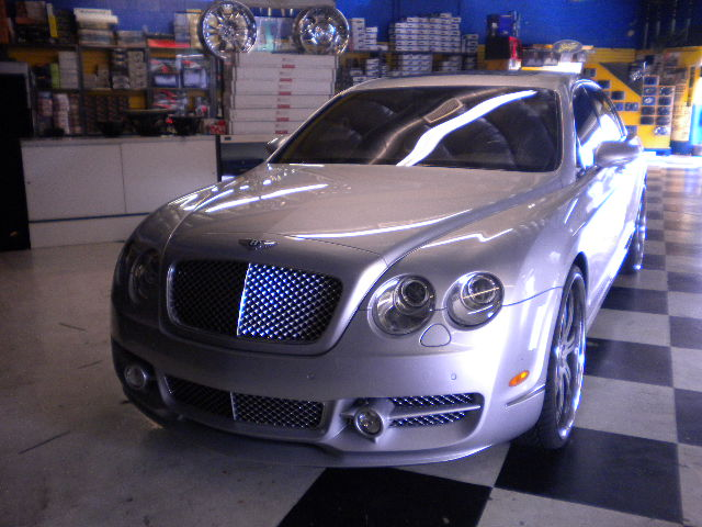 Bentley Flying Front