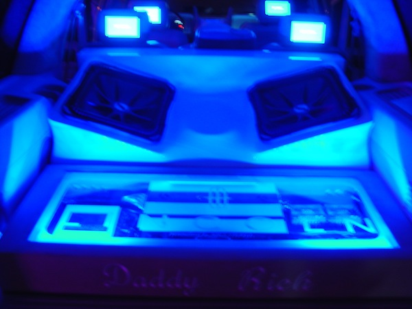 Daddy Rich Lincoln Navigator With Kicker Subs Joe S Stereo