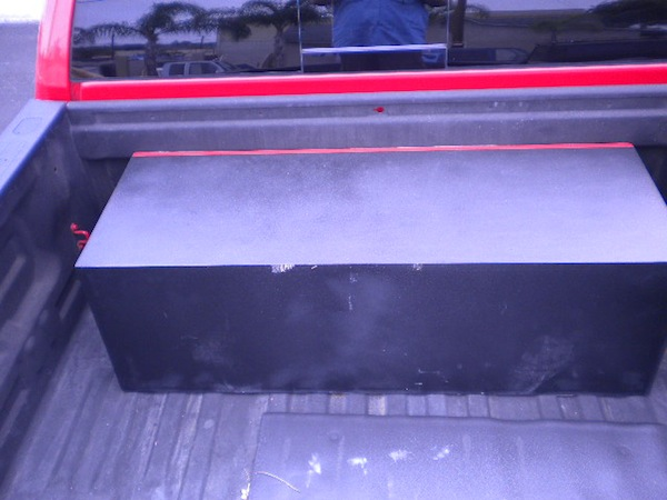 Extended subwoofer box