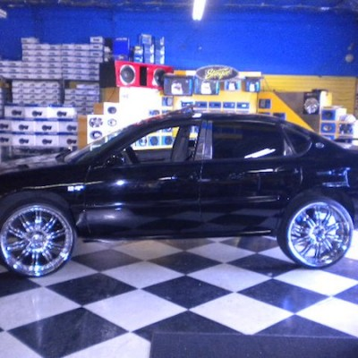Chevy Impala chrome Wheels