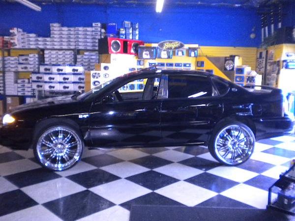 Chevy Impala chrome Wheels