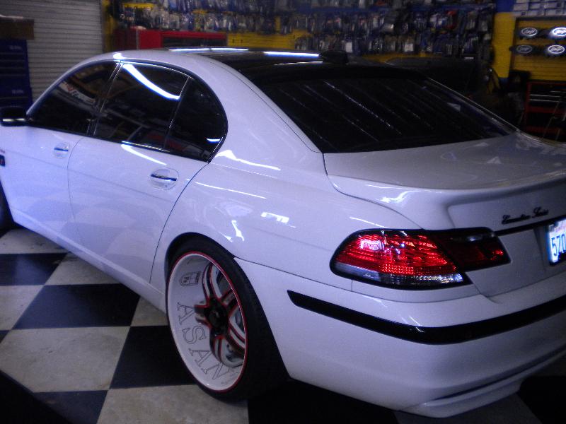 White 7-Series Asanti Wheels