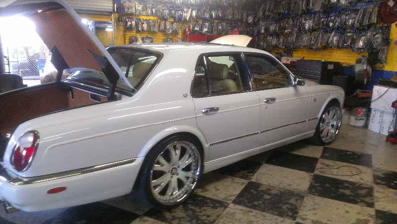 Bentley Arnage Side