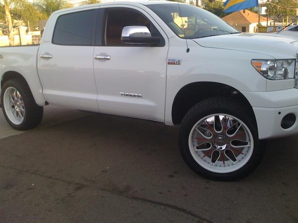 White Toyota Tundra With White Wheels Joe S Stereo