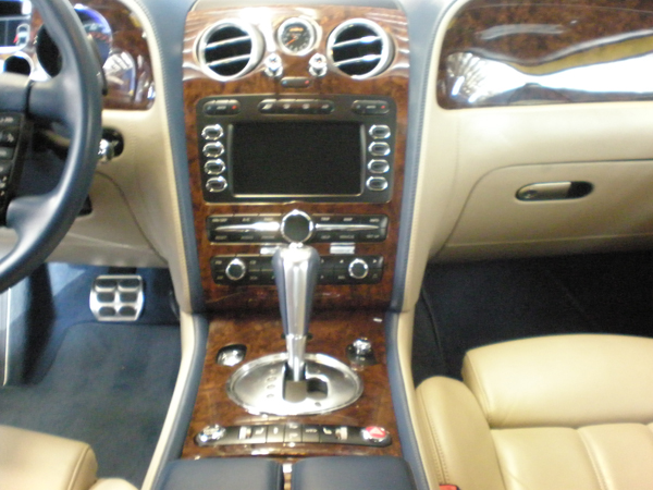 Bentley Continental Dash