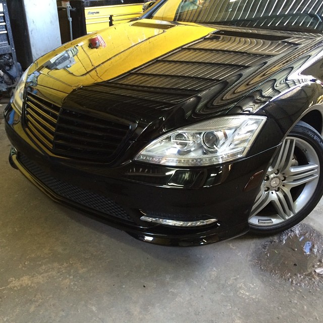 2012 Mercedes Benz S550 Kit. Blacked out grill. Black Grill Mercedes Benz 2012 S550 Series
