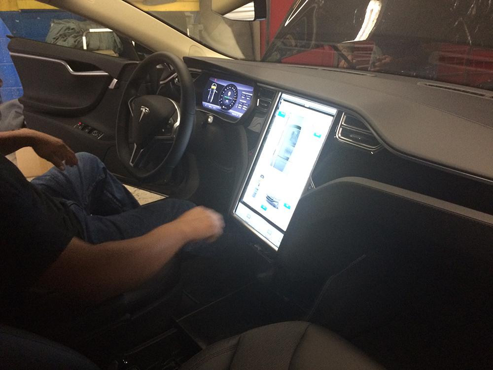 Tesla Dash Screen