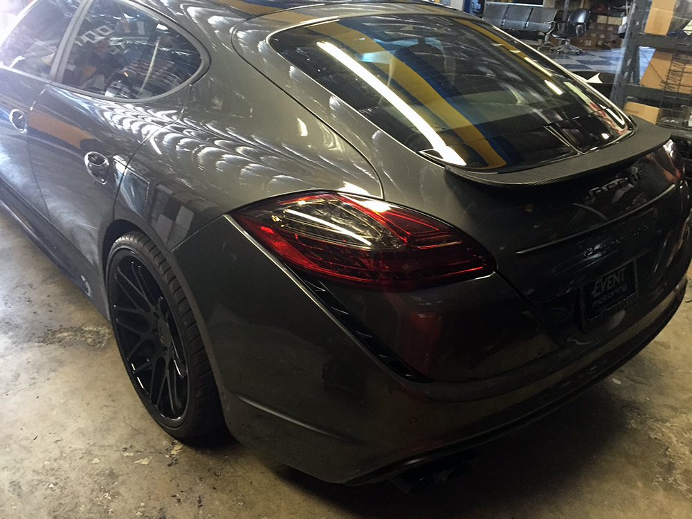 Porsche Panamera with grey color matched wheels